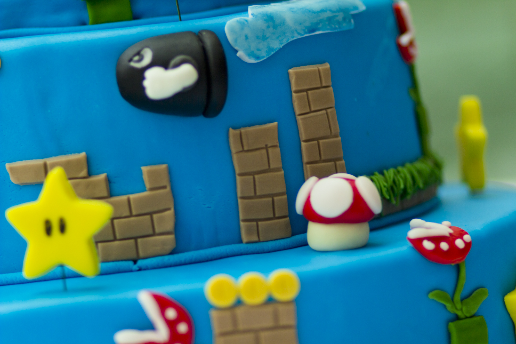 super mario torte cake ideas and designs. Black Bedroom Furniture Sets. Home Design Ideas